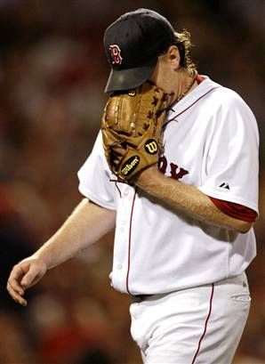 Curt Schilling may miss the entire 2008 season due to shoulder issues